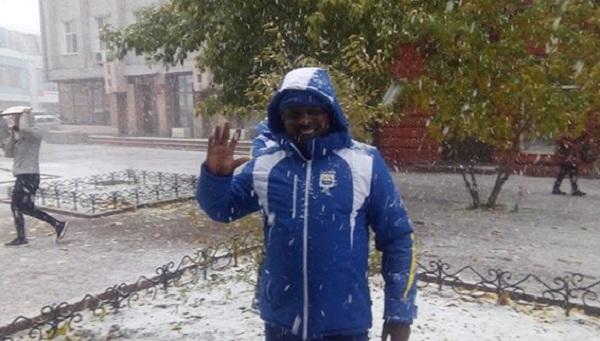 Спортсмены из Бурунди впервые увидели снег в Улан-Удэ