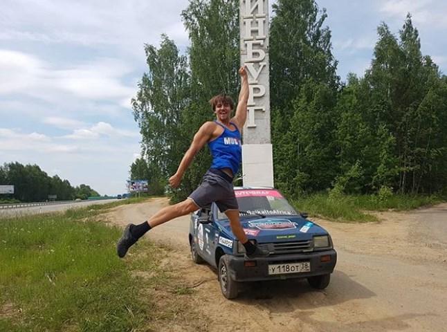 Путешественники на «Оке» вернулись на Байкал из Африки без машины
