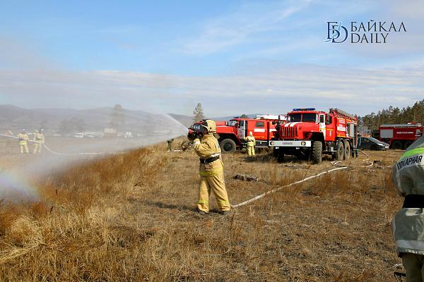 В Бурятии потушили 14 лесных пожаров