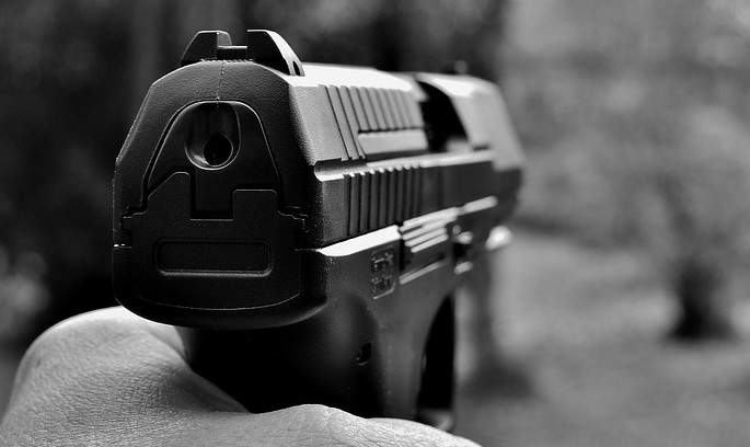 Житель Иркутской области застрелил супругу и тестя из-за развода