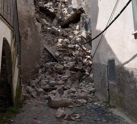 В Бурятии прошли учения по спасению людей из-под завалов