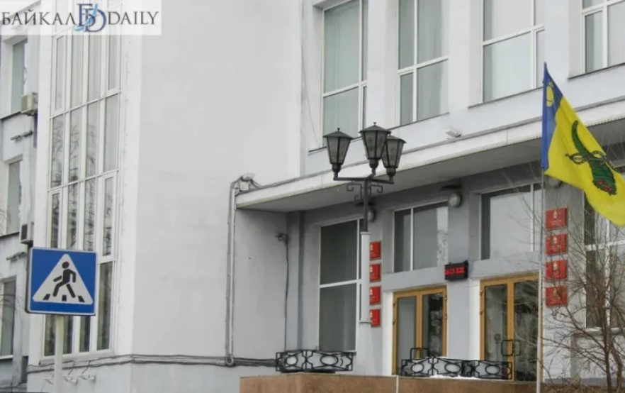 Бизнесмены Улан-Удэ устроили бардак с вывесками