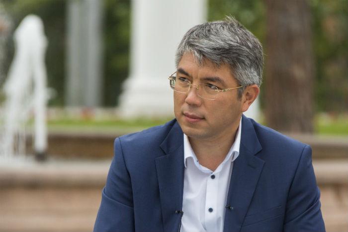Алексей Цыденов: «Когда совсем тяжело, еду на Байкал»