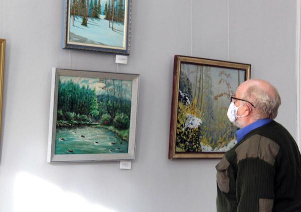 В Чите открылась краевая выставка забайкальских художников