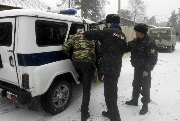 Житель Бурятии украл банковскую карту у собутыльника