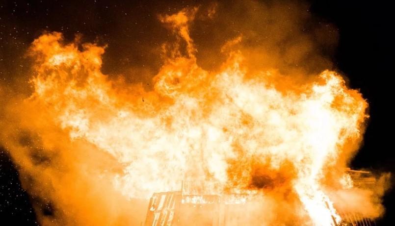 Жительница Бурятии спалила должнице 200 центнеров сена