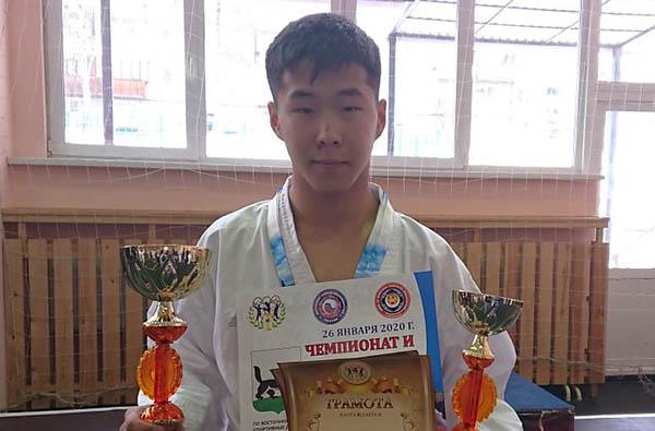 Бурятские каратисты завоевали 5 медалей в Иркутске
