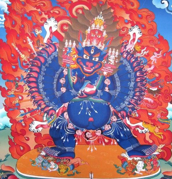 В Бурятии создали двухметровую статую божества Идама Ямантаки