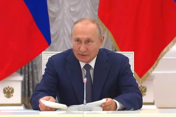 Владимир Путин постарается посмотреть на багульник в Забайкалье