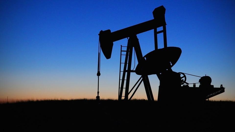 Ангарчане пытались украсть нефть через тоннель