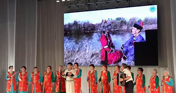«Поединок хоров» в Бурятии выиграли кяхтинские пенсионеры