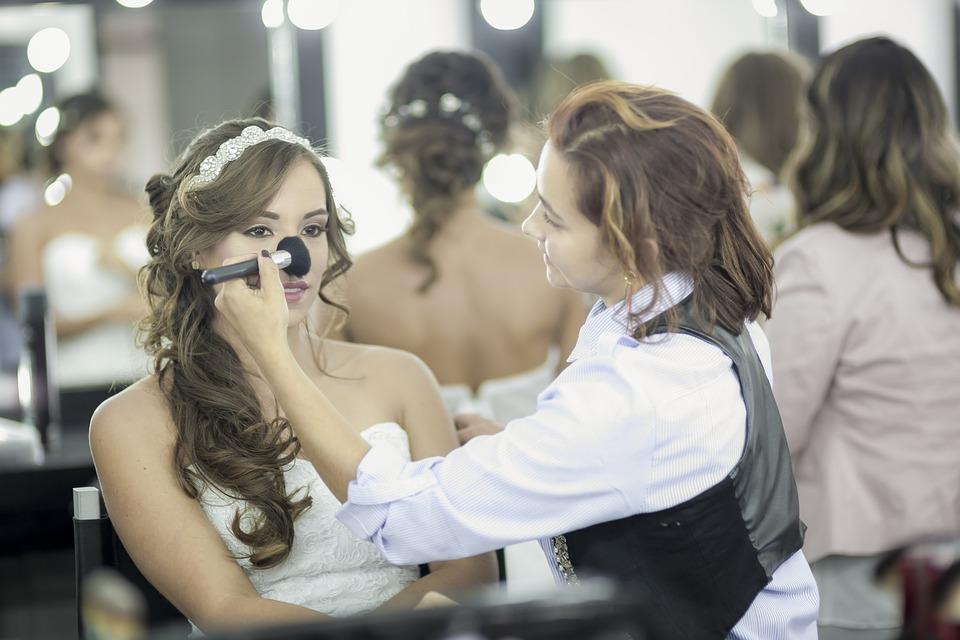 В Иркутске стартовал чемпионат работников индустрии красоты