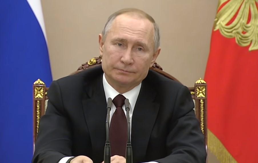 Льготы и выплаты: Путин дал новые поручения в связи с коронавирусом