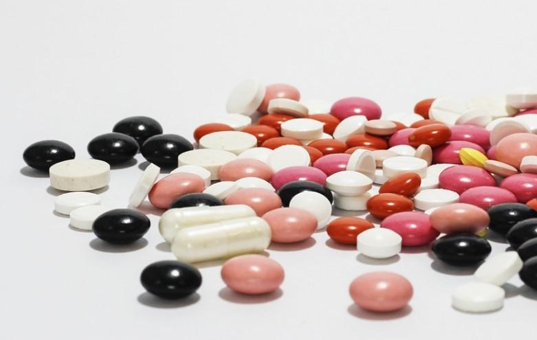 Жительницу Иркутской области будут судить за контрабанду опасных таблеток