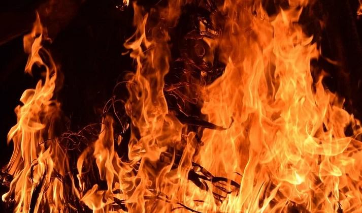 В Иркутской области возбудили дело после гибели девочки на пожаре