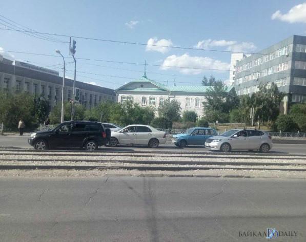 В Улан-Удэ в ДТП попал гражданин Китая