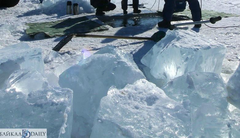В Иркутской области мужчина утонул, набирая воду