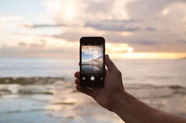 Житель Бурятии украл у отдыхающей на Байкале девушки телефон
