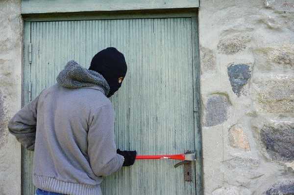 В Забайкалье вор скрывался от полиции в заброшенном здании