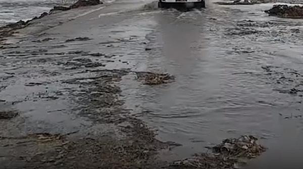 В Бурятии подтопило региональную дорогу