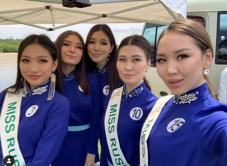 Пять девушек из Бурятии борются за титул «Мисс Монголия»