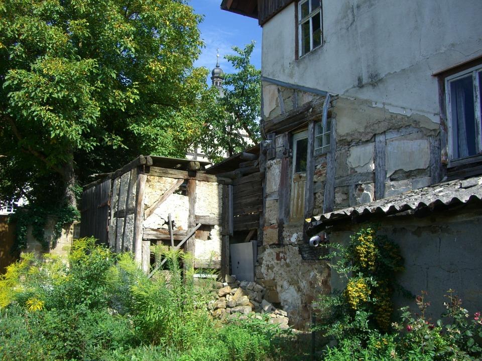 В России утвердили критерии для признания домов аварийными