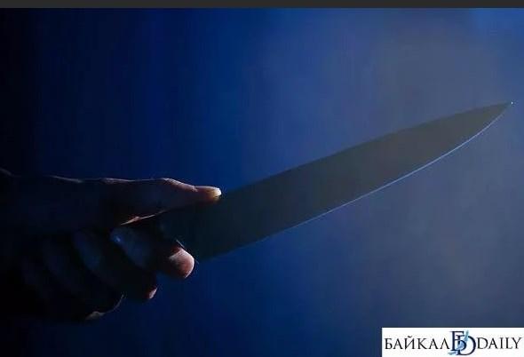 В Бурятии отчим ударил 14-летнего пасынка ножом