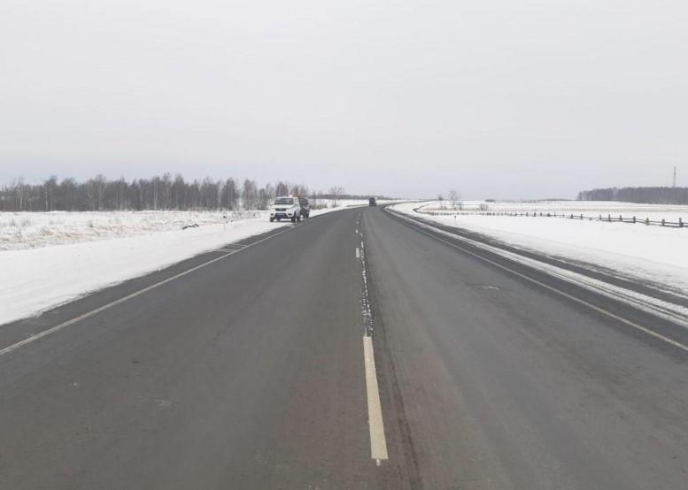 На трассе «Байкал» в Иркутской области неизвестный насмерть сбил женщину