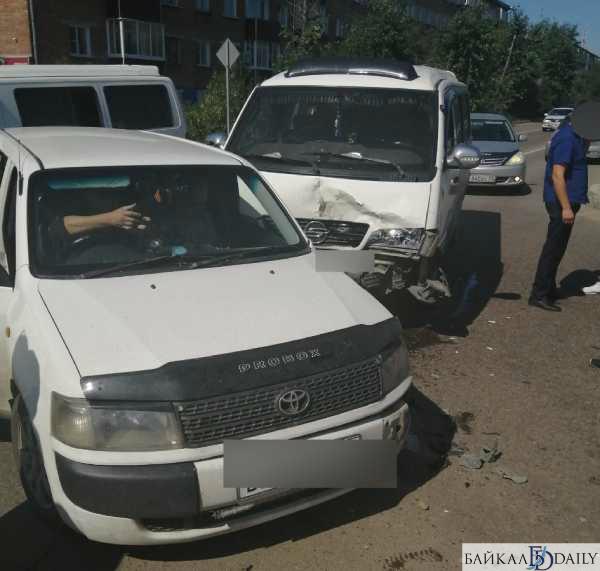 В Улан-Удэ два ДТП произошли в одном месте за 10 минут