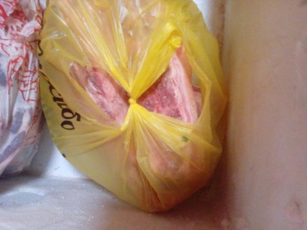 В улан-удэнском кафе «БуузанДаа» хранили свинину без документов