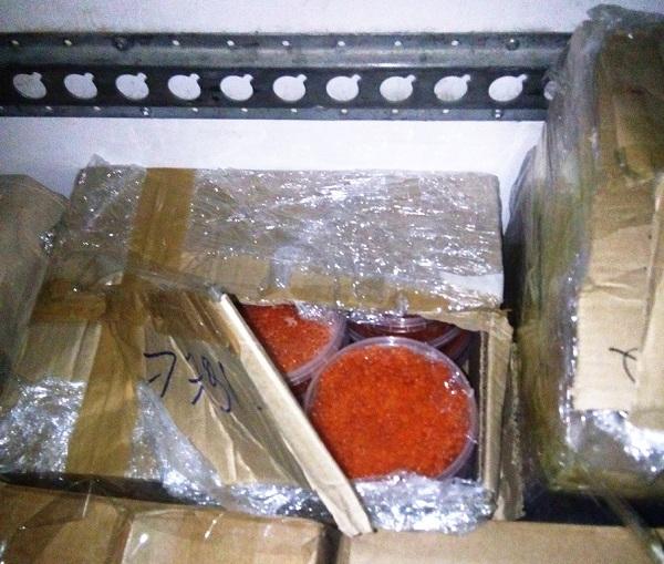 Через Иркутскую область везли более тонны икры без документов