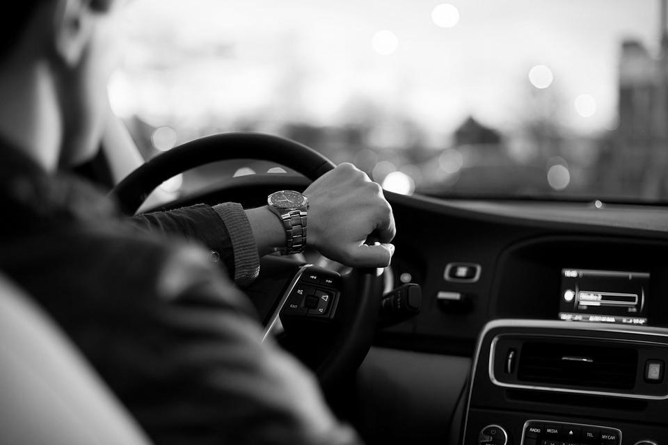 Житель Бурятии угнал автомобиль у подруги и разбил его