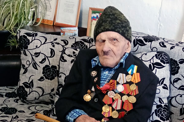В Бурятии отметили столетний юбилей ветерана