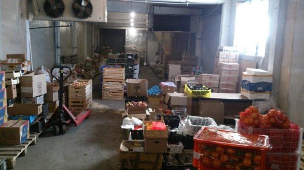 Предприниматель в Улан-Удэ ввёз фрукты без уведомления