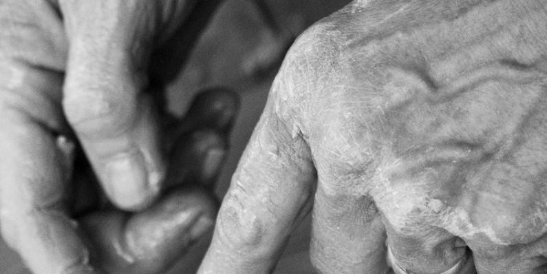 В Бурятии в пансионатах для престарелых выявили «коронавирусные» нарушения