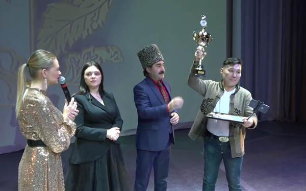 Бурятский певец получил гран-при международного фестиваля в Москве