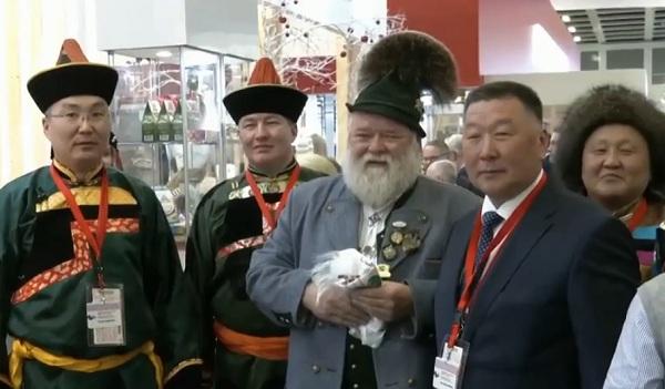 «Один из самых важных павильонов»: Баварец в восторге от товаров Бурятии