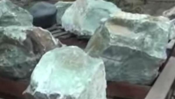 В Бурятии почти 200 кг нефрита стало собственностью государства