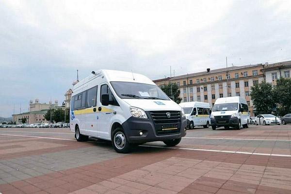 Районные больницы Бурятии получили автобусы для инвалидов