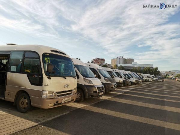 В Улан-Удэ возмущённые маршрутчики готовы ночевать на площади