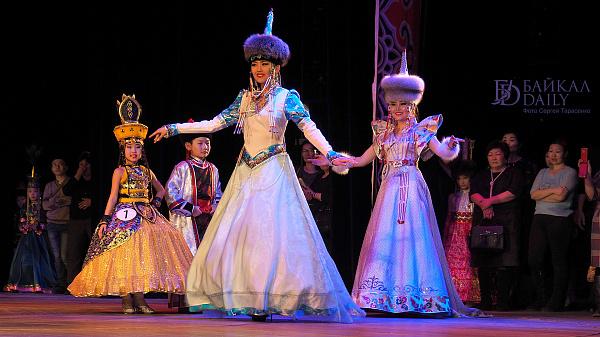 В Улан-Удэ пройдёт выставка бурятской одежды