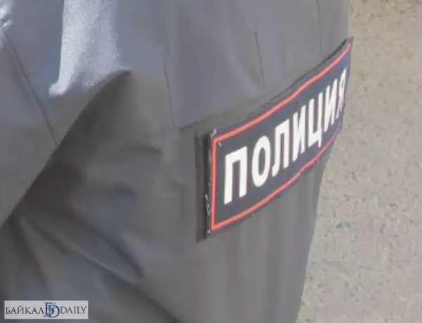 В Улан-Удэ подросток украл в магазине кроссовки