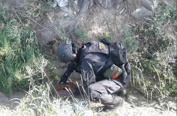 Улан-удэнец нашёл в канаве мину