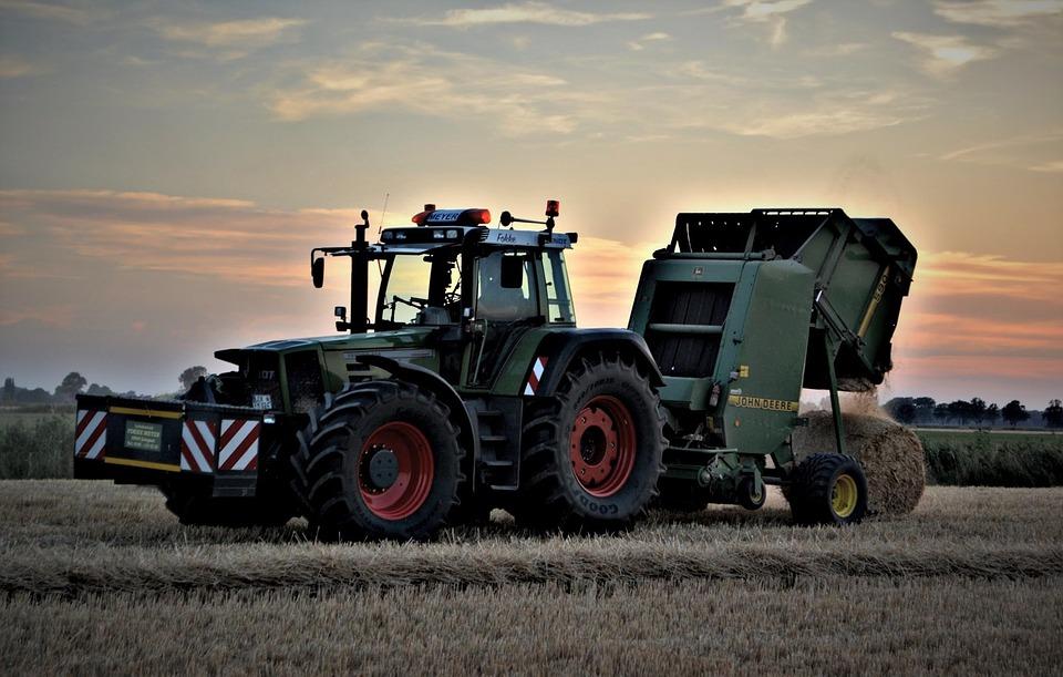 Забайкальские аграрии заготавливают корма на зимовку