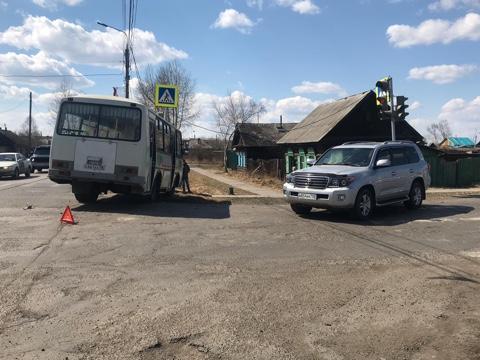 В Иркутской области в ДТП пострадали девочка и женщина
