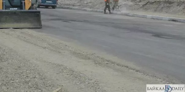 Глава Окинского района Бурятии проверил новую дорогу
