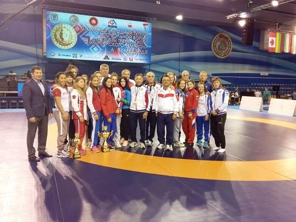 Бурятские борицы завоевали медали международного турнира