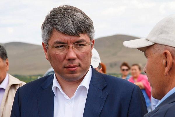 Алексей Цыденов вошёл в топ-20 губернаторов-блогеров