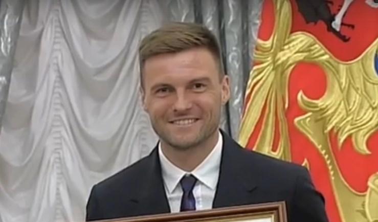 Владимир Гранат согласился на трёхкратное понижение зарплаты