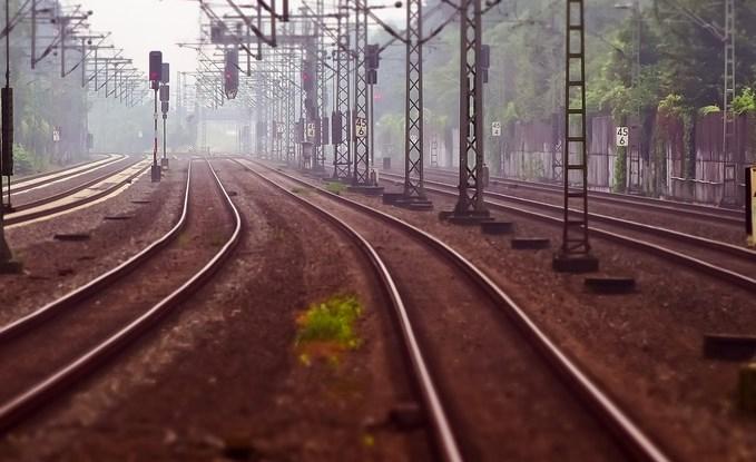 В Иркутской области монтёра сбила электричка